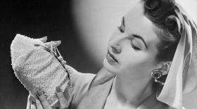 Фермуар: Қарапайым түймеліктің тарихы