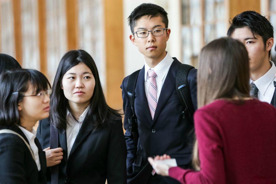 Жапониядағы 15 жасқа дейінгі балалар саны биыл рекордтық дәрежеге азайды