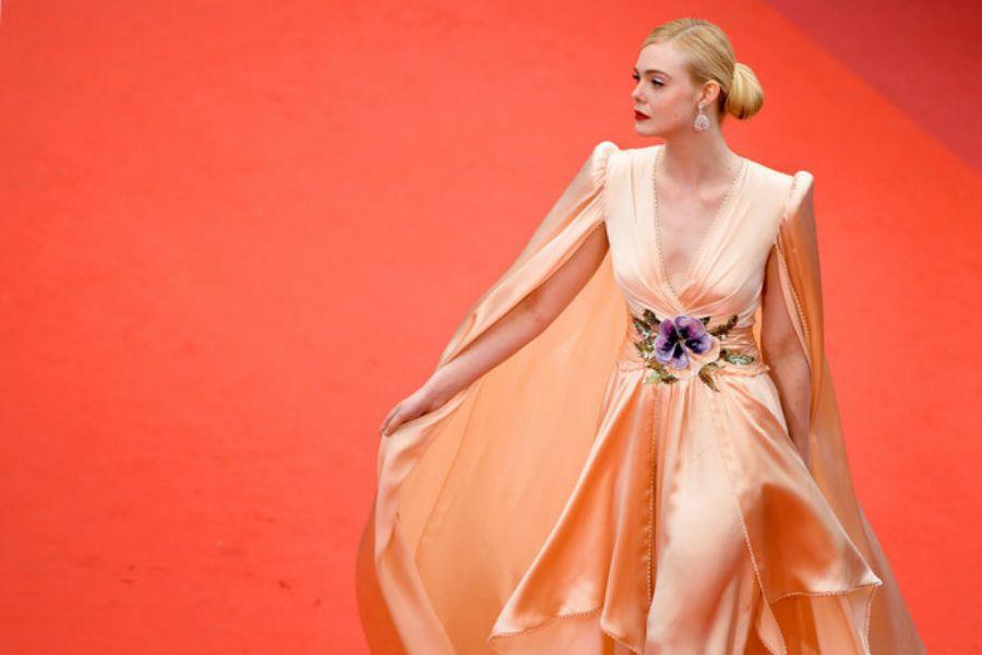 Cannes – 2019:  Жұлдыздар ашылу салтанатына қалай киінді?
