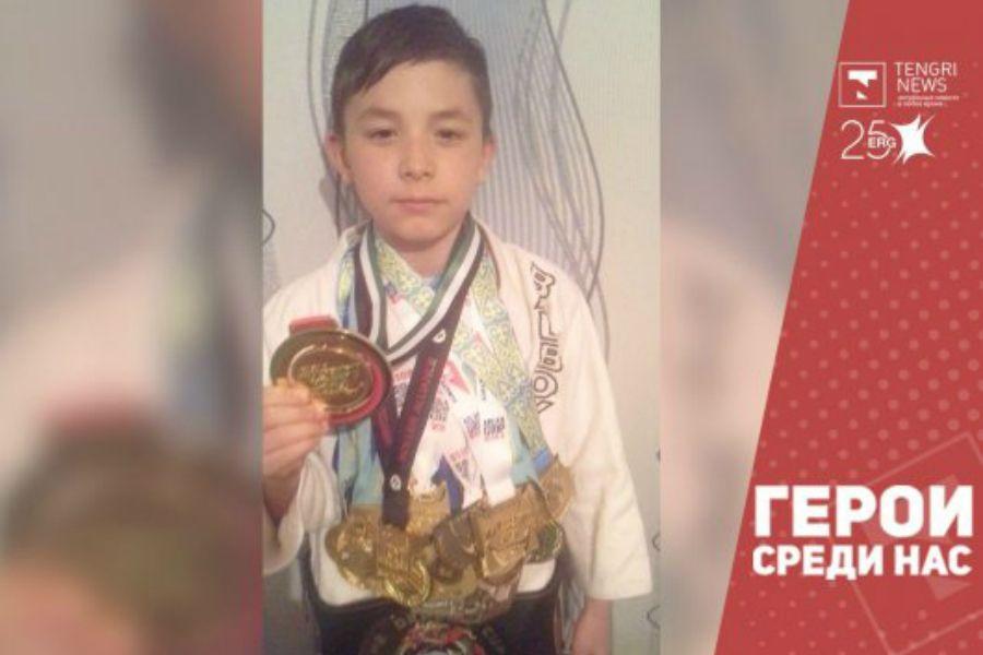 10 жастағы қазақстандық бала қатерлі ісік ауруын жеңіп, қалай джиу-джитсудан әлем чемпионы атанды?