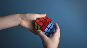 Рубик кубы математиканы меңгеруге қалай көмектесе алады?