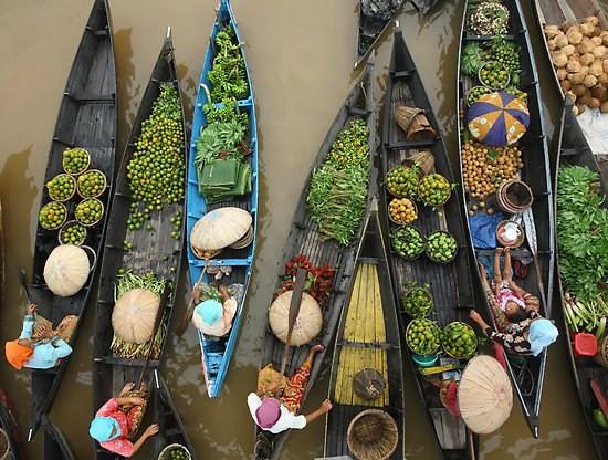 Индонезиядағы су үсті базары