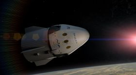 SpaceX ғарышқа жүк тасымалдап жатыр