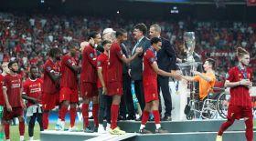 Қазақ баласы УЕФА Суперкубогы жеңімпаздарын марапаттады