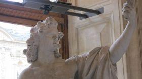 Фотосуретке түсудің ең тиімді тәсілі Ренессанс дәуірінде-ақ белгілі болған