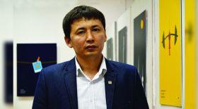 Суретші Қанат Сырлыбаев: