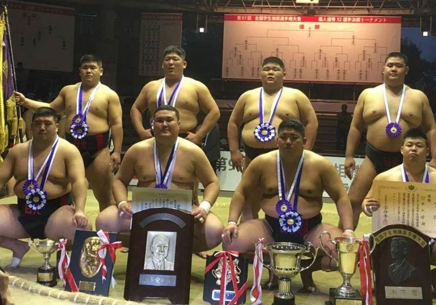 Қазақ спортшысы сумодан Жапонияның чемпионы атанды