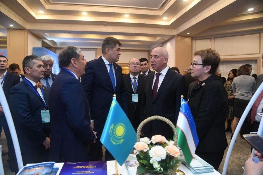 Өзбекстанның ірі медициналық орталықтарымен серіктестік туралы меморандумға қол қойылды