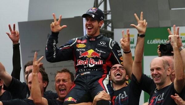 Себастьян Феттель - Формула-1 жарысының үш дүркін чемпионы
