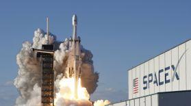 Илон Маск ғарышқа тағы 60 шағын Starlink жасанды жерсерігін ұшырды