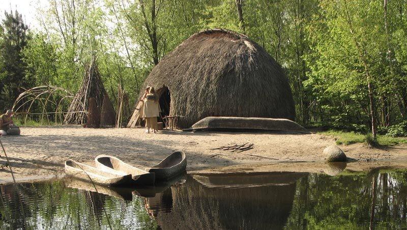 10 000 жыл бұрын салынған үй табылды