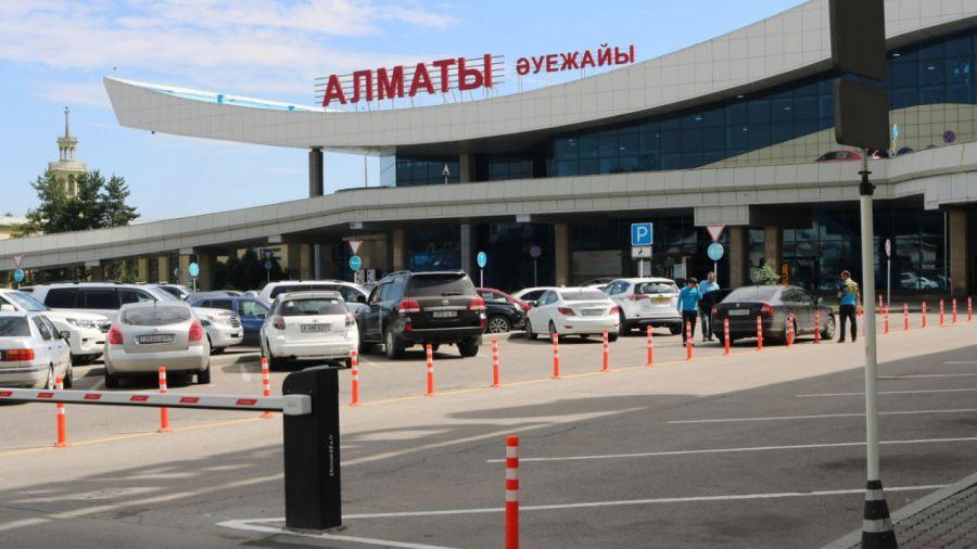 Коронавирус жұқтырған жолаушысы бар ұшақ Алматыға қонды