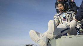 Кристина Кук әйел ғарышкерлер рекордын жаңартты