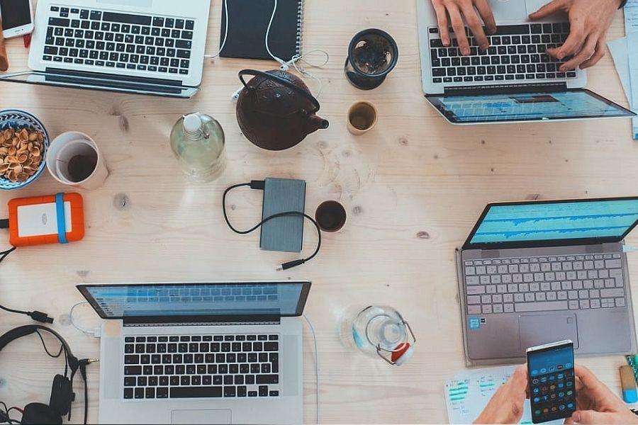 Оқу мен жұмысқа арналған 5 онлайн-платформа