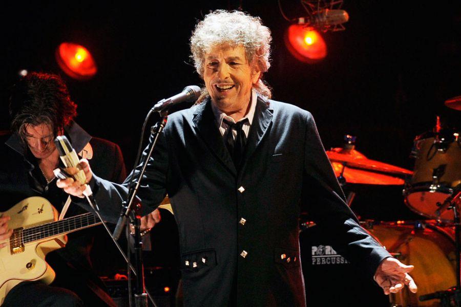 Әдебиет саласы бойынша Нобель иегері Боб Дилан жаңа ән жазды