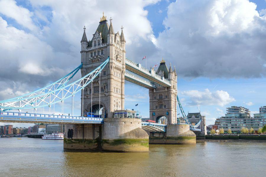 London is the capital of Great Britain: Бұдан басқа не білесіз?