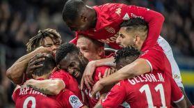 Францияда бір команда 30 футболшысын сатады