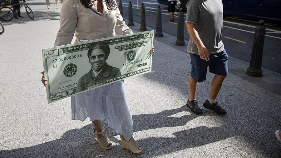 20 долларда афроамерикалық әйелдің суреті бейнеленеді