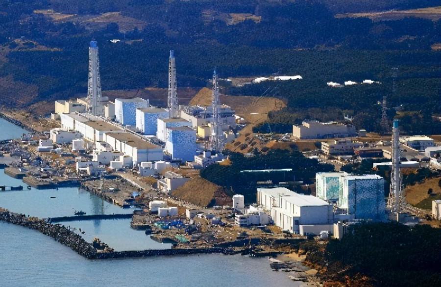 Фукусима-1 АЭС-індегі радиоактивті су мұхитқа төгіледі