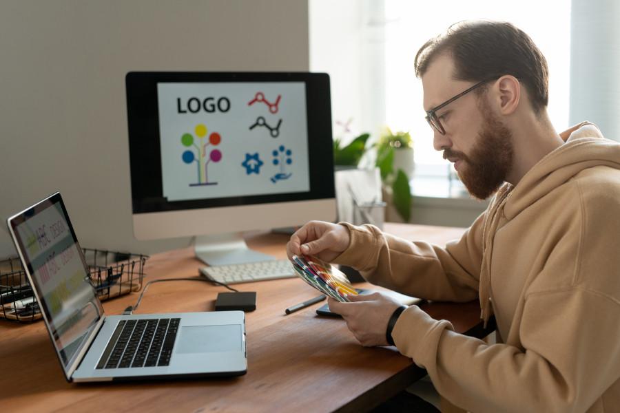 Әйгілі логотиптер және олардың мағынасы