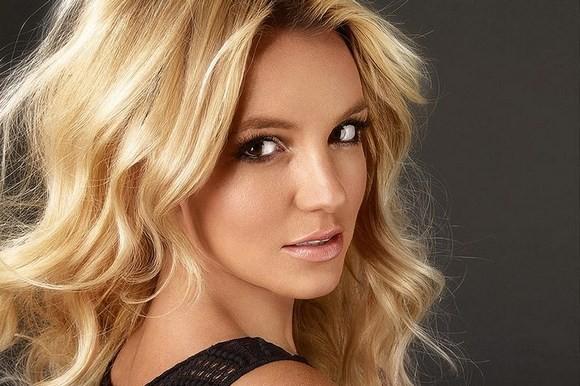 2012 жылдың ең бай әншісі - Бритни Спирс