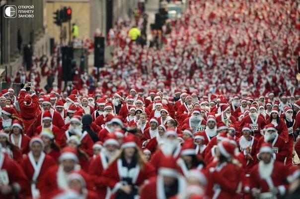 Санта-Клаустар жарысқанда