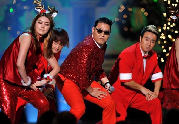 «Christmas Style» Psy-дің орындауында