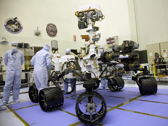 Curiosity Марс бетінен су іздеуге аттанды