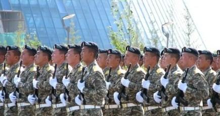 Қыздарға неге әскери қызметтегі жігіттер ұнайды?