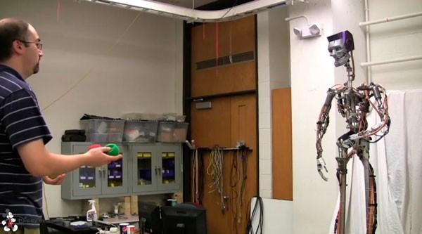 Disney адам келбетіндегі робот құрастырып шықты