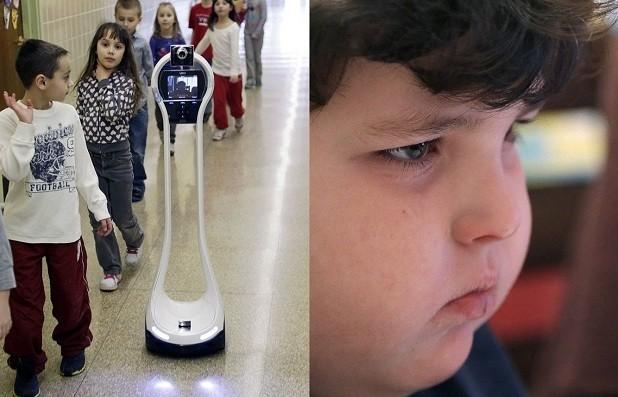 Мектепке баратын робот