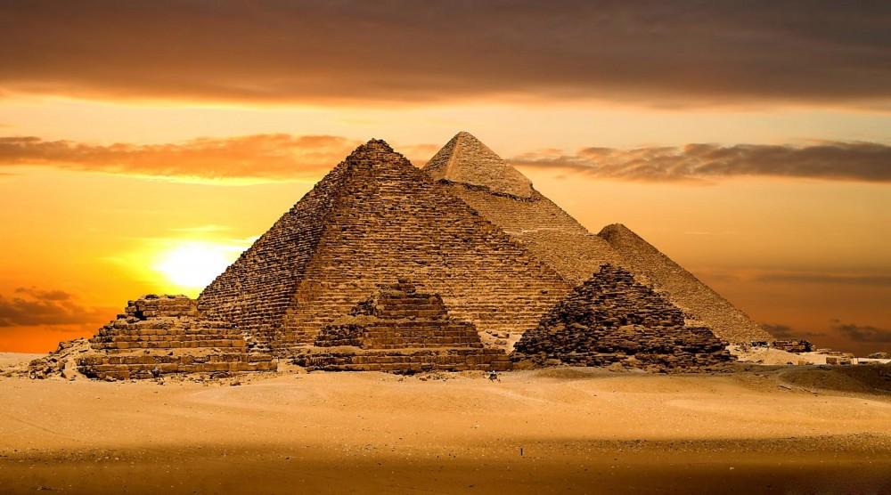 Египет пирамидалары жалға беріледі