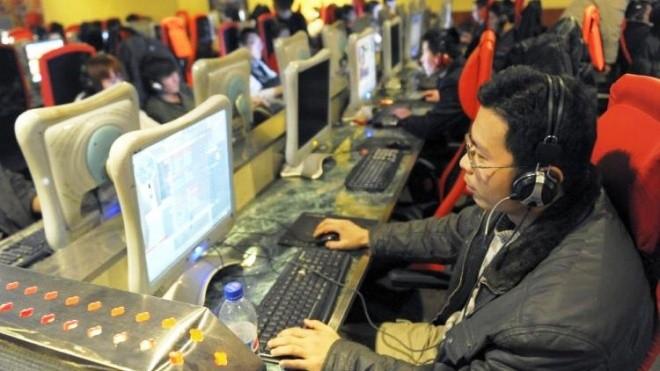 Интернет-кафеде 6 жыл бойы өмір сүріп келген