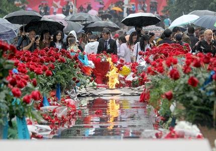 Алматы Жеңістің 70 жылдығын атап өтті