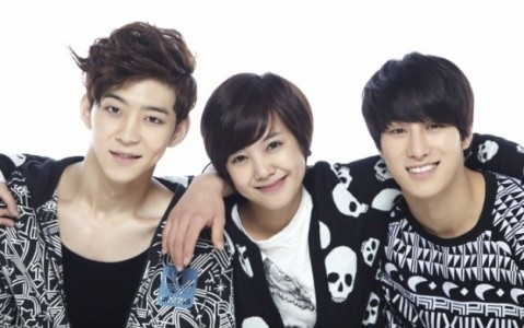К-поп: Ең қайраттысы тірі қалады / К-поп: Школа выживания / Strongest k-pop survival (12-бөлім)