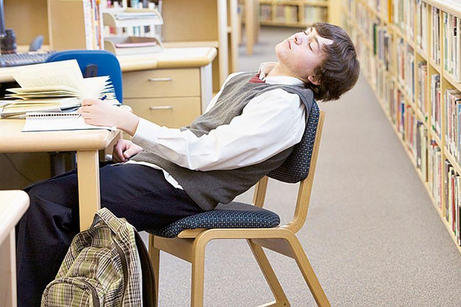 Картинка спящего на уроке